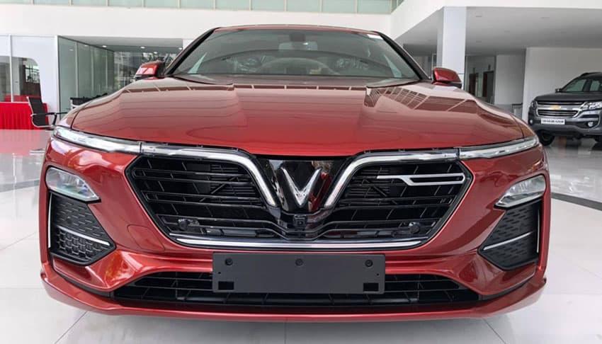 Xe vinfast Lux A 2.0 2020