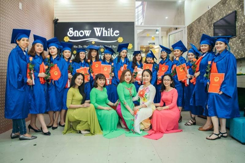Spa Snow White