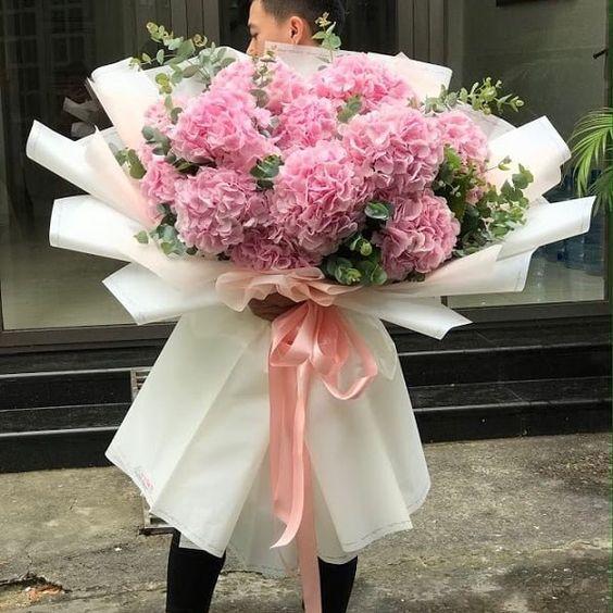 Mẫu giỏ hoa tặng người thân