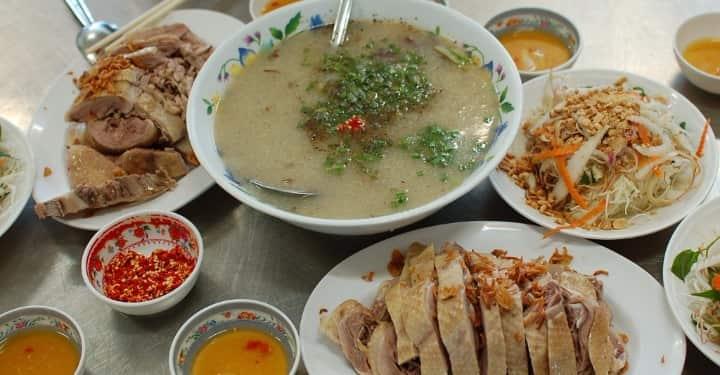 TOP 12 Quán Ăn Khuya Đà Nẵng Khiến Bạn Hứng Thú Khám Phá